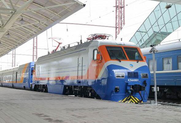 Der Talgo fährt jetzt auch zwischen Almaty und Taschkent © temirzholy.kz