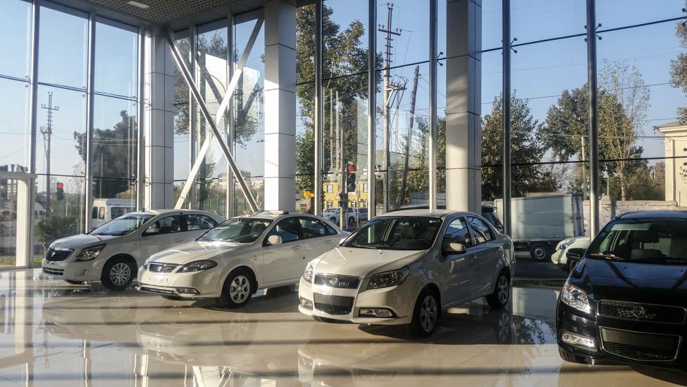 Frische Beziehungen zu Usbekistan: Ravon-Autohaus in Duschanbe